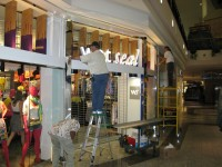 storefront-wet seal (mall fronts)