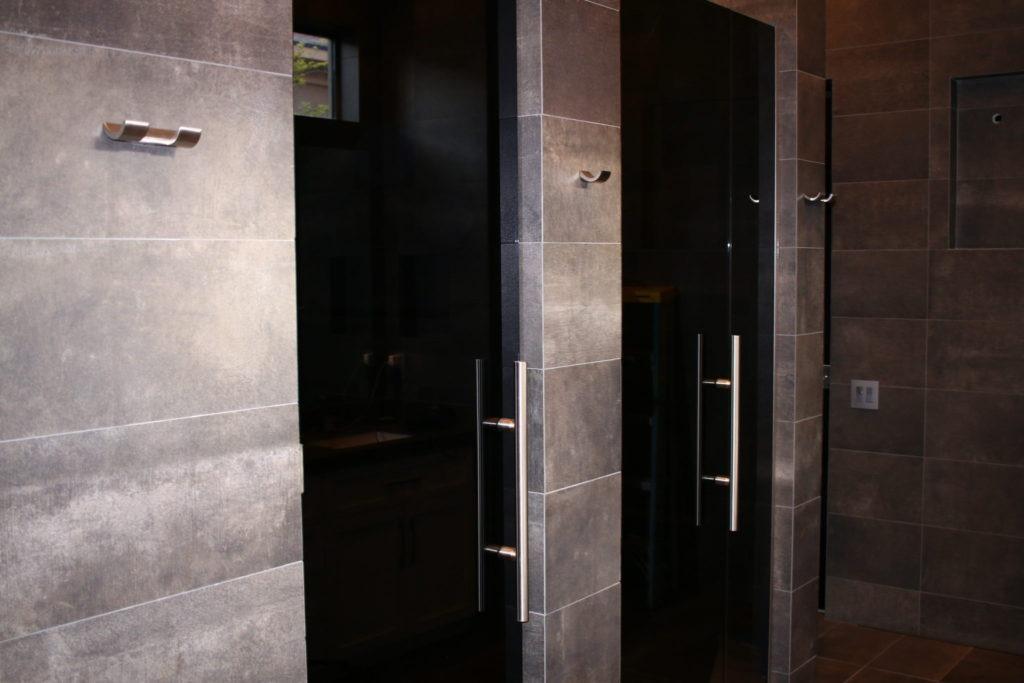 Shower Doors A Cutting Edge Glass Amp Mirror